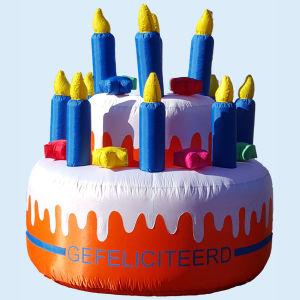 Verjaardagstaart Opblaasfiguur - 2,5m - VERHUUR